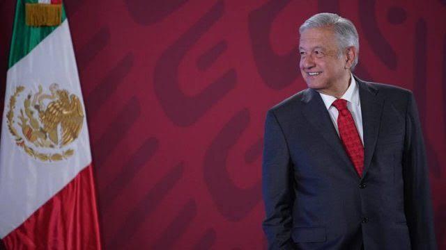 Pide López Obrador a morenistas no dejarse manipular