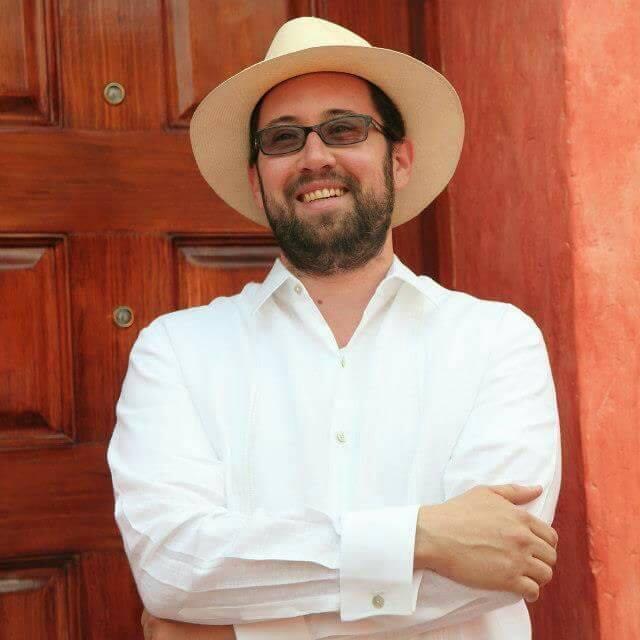 El púlpito  o la tribuna presidencial: Luis Murat