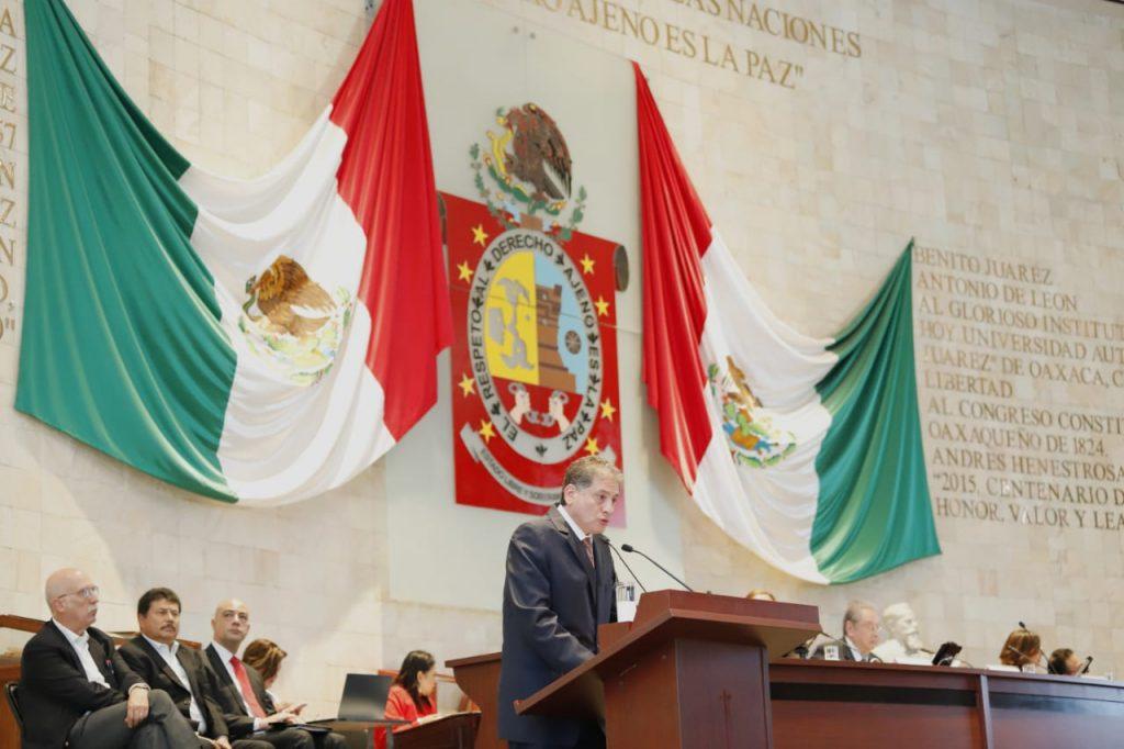Gobierno y sindicato evitan endeudamiento: Espinosa: Alfredo Martínez de Aguilar