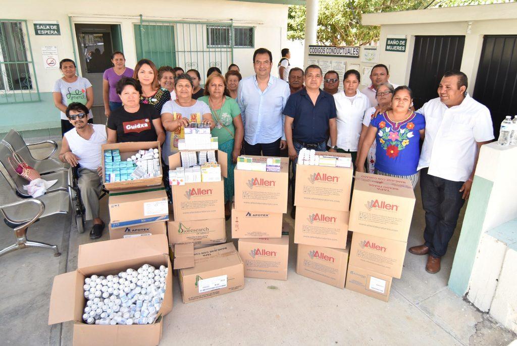 Estrecha Oswaldo García lazos de hermandad con comunidades del Istmo de Tehuantepec