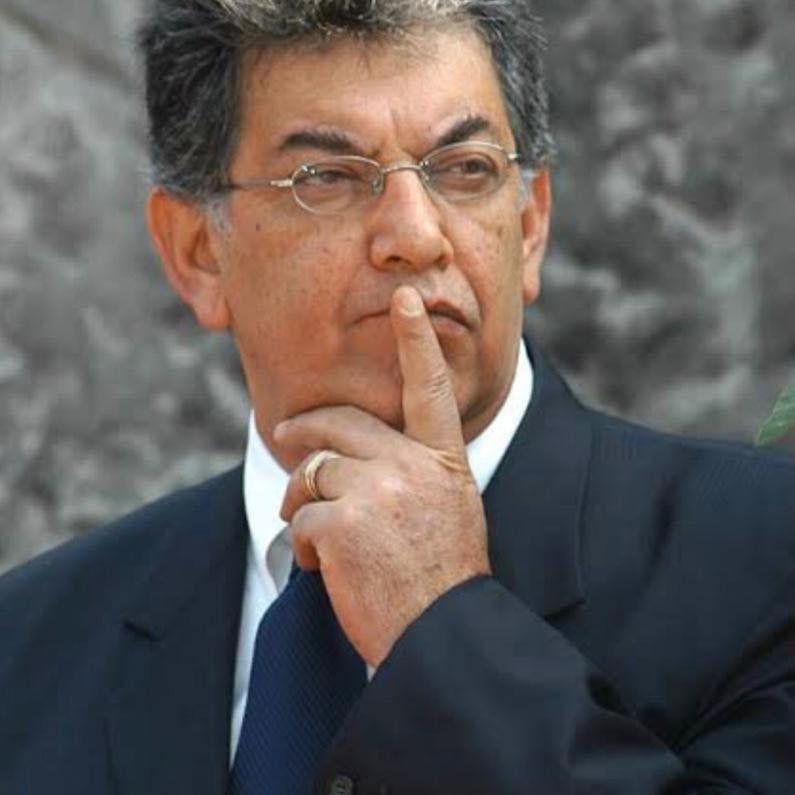 Reconfiguración del sistema de partidos: José Murat*