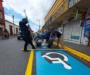 Ayuntamiento de Oaxaca rehabilita pintura  de cruceros y señalamientos en la ciudad capital